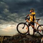 Descubra como pedalar com segurança em situações extremas
