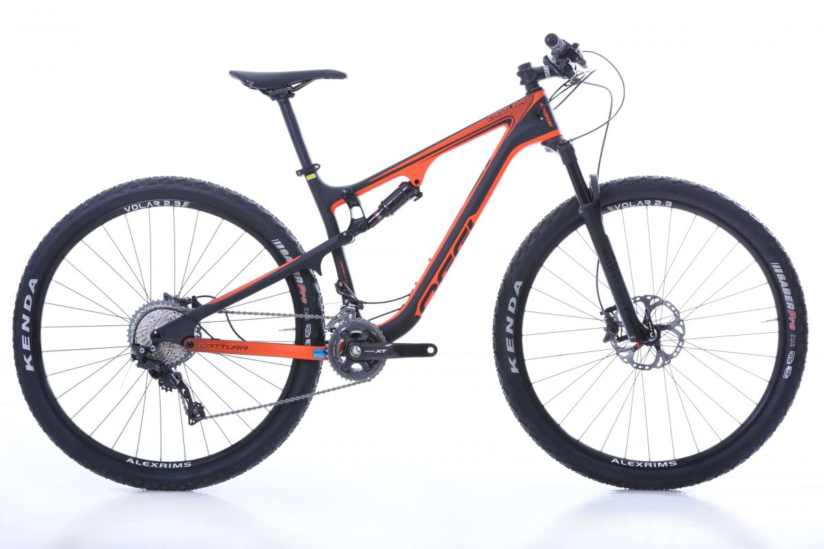 MTBs full suspension para homens, Oggi Cattura Pro XT