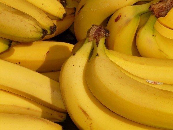 Alimentação para ciclista, prova de MTB, banana