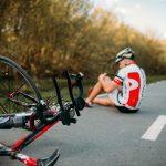 Acidente de bike: o que fazer seu eu ou um amigo se acidentar