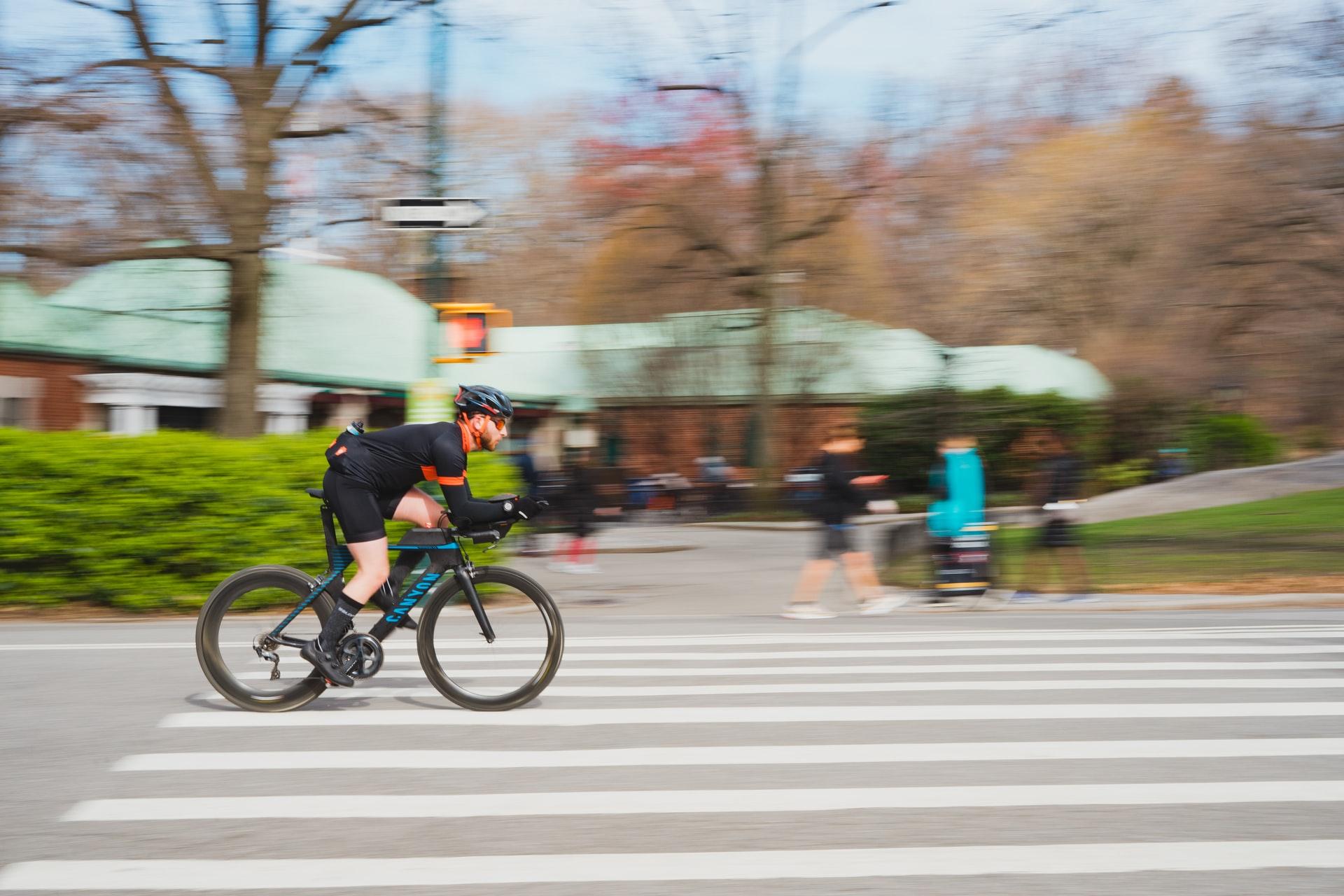 Fazer treino de força na bike, speed