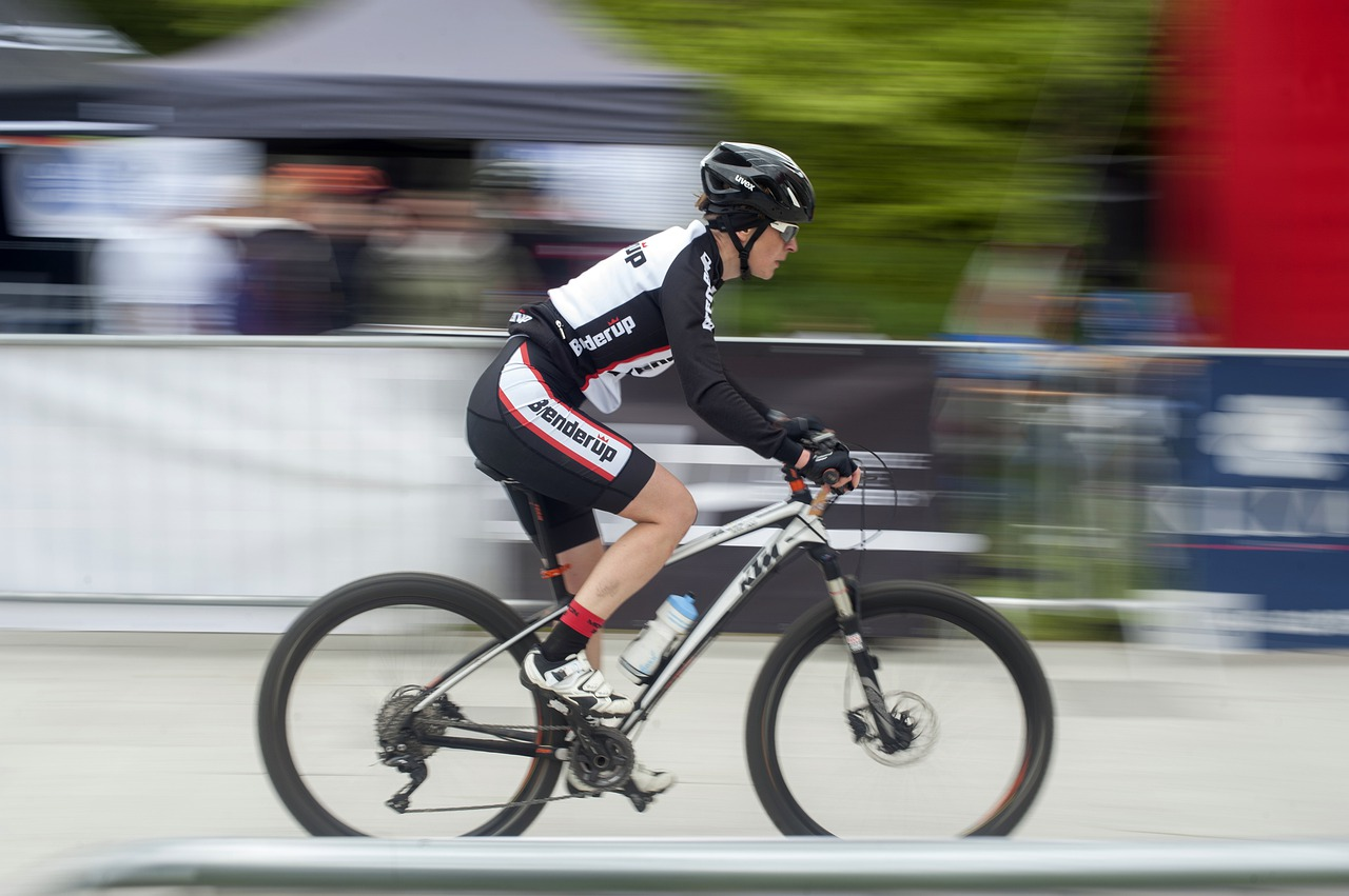 Ciclista em competição, uso de doping
