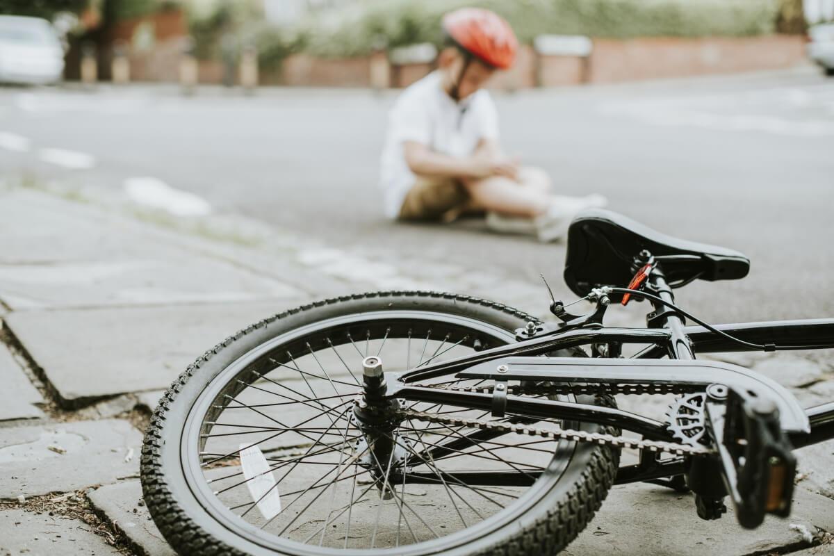 Como previnir acidente e atropelamento de ciclista